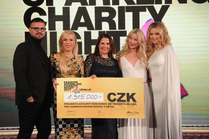 Fashion Sparkling Charity Night 2017 ve znamení pomoci pro Azylový dům Domov sv. Vincenta de Paul.