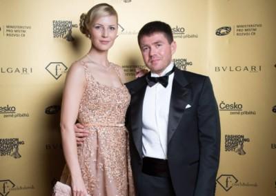 Karolina Helis s partnerom