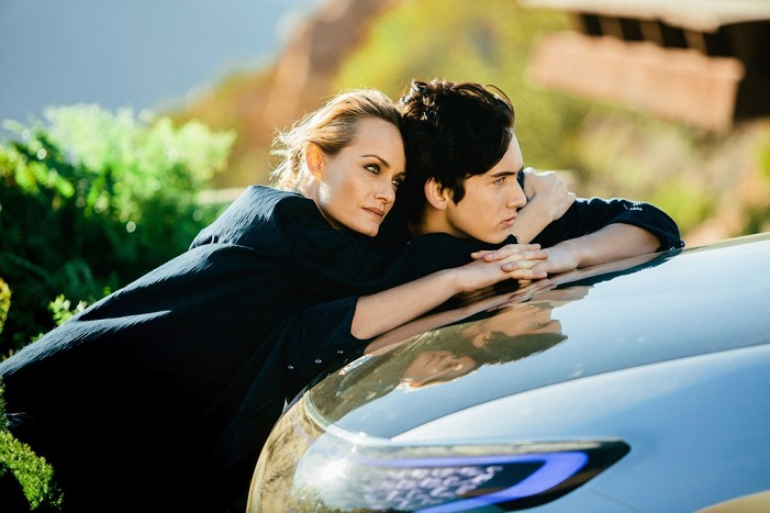 Topmodelka Amber Valletta známa z filmu Hitch je tvárou novej kampane Mercedes-Benz Fashion Week!