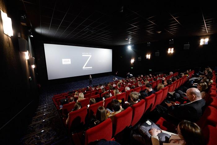 AUPARK & MILOSH Limited predstavili exkluzívnu premiéru filmu HOUSE OF Z o talentovanom dizajnérovi Zacovi  Posenovi