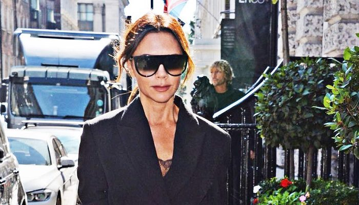 VICTORIA BECKHAM A TIFFANY NA LONDÝNSKÉM FASHION WEEKU