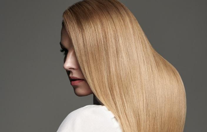 Svetová topmodelka ako nová ambasádorka vlasovej kozmetiky Schwarzkopf Professional