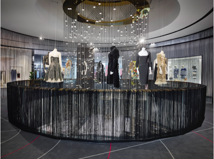 """Výstava tvorby Alexandra McQueena pod názvem """"MEMORY"""" v Českej republike"""